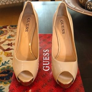 Guess Ivory Cream Heels